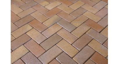 Брусчатка тротуарная клинкерная Penter Florenz bunt orangegelb geflammt, 240x118x52 мм, фото номер 1